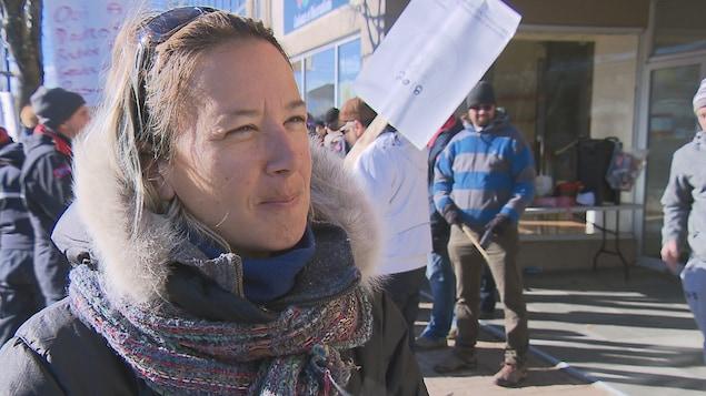 Rachel Ouellet est factrice à Postes Canada Rimouski.