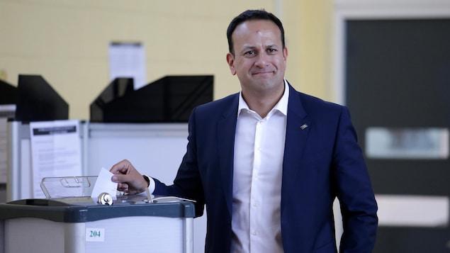 Le premier ministre irlandais Leo Varadkar a voté à Dublin.