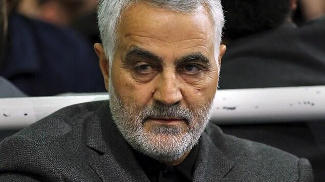 Plan rapproché du général Soleimani.