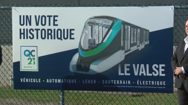 Une pancarte avec un métro.