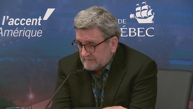 Régis Labeaume en conférence de presse, le 9 juin 2020.