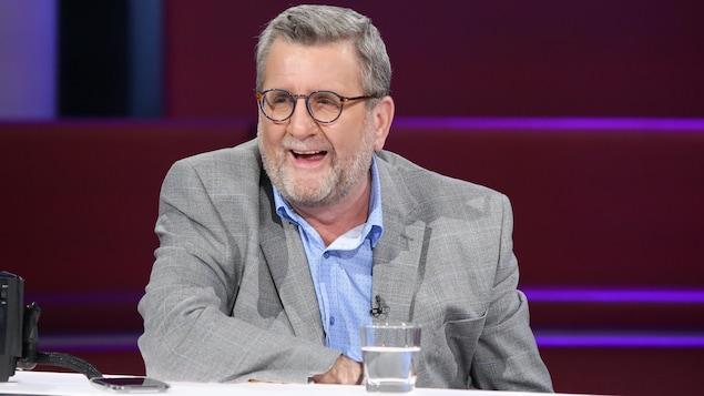 Régis Labeaume sur le plateau de l'émission Tout le monde en parle.