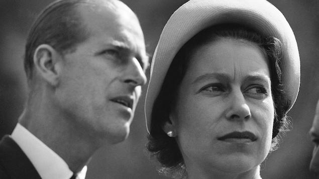 La reine Élisabeth II et le prince Philippe photographiés en gros plan.