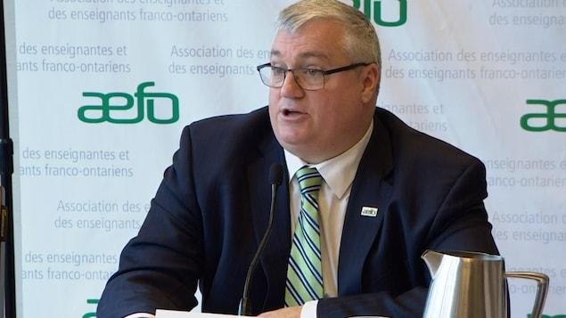 Rémi Sabourin, le président de l'AEFO, annonce une grève du zèle.