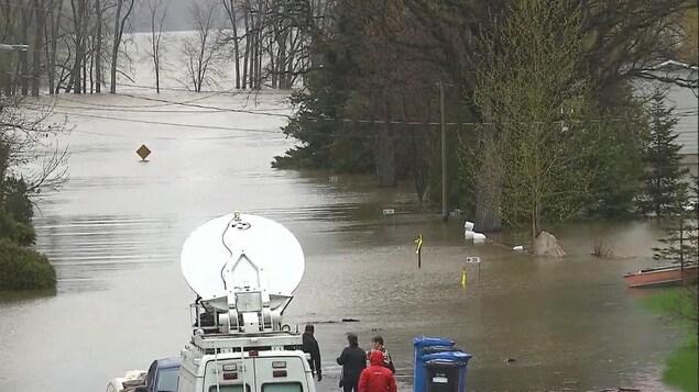 Un secteur inondé de Rigaud, en Montérégie, vendredi après-midi