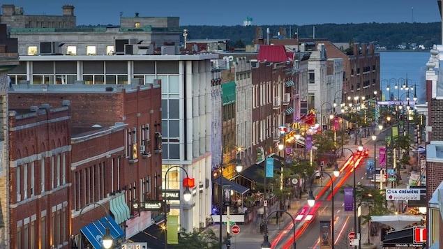 Vue de la rue des Forges, au centre-ville de Trois-Rivières