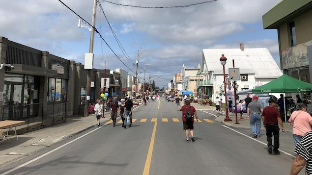 La rue Jacques-Cartier de Mont-Joli est transformée en rue piétonne