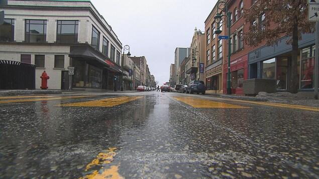 La rue Wellington Nord, au centre-ville de Sherbrooke.
