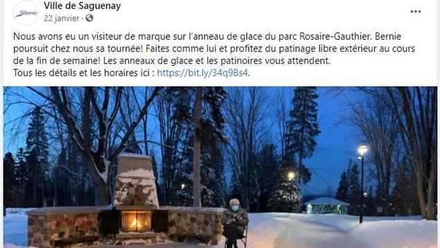 Une publication Facebook avec un montage de Bernie Sanders sur un anneau de glace à Chicoutimi.