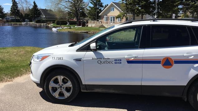 Une voiture de la Sécurité civile