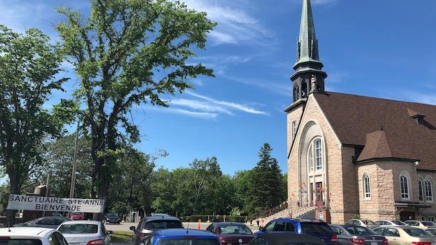 Église de Pointe-au-Père pendant la neuvaine