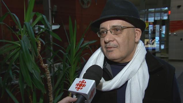 L'écrivain Salah El Khalfa Beddiari explique les raisons pour lesquelles il a annulé sa participation à une discussion sur la diaspora arabe.