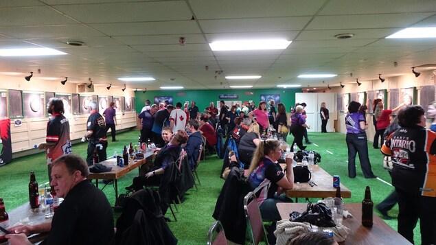 Le tournoi de dards Dan Cruickshank Memorial a accueilli plus d'une centaine de joueurs pour sa 17e édition.