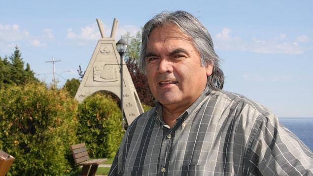 Clifford Moar est le chef de la communauté Ilnu de Mashteuiatsh