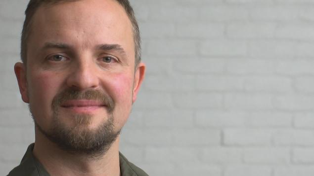 Mike Sapieha, directeur de l'Unité de recherche des maladies neurovasculaires oculaires à Hôpital Maisonneuve-Rosemont.