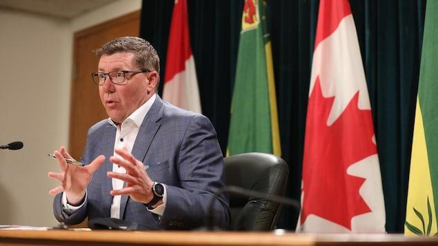 El primer ministro de Saskatchewan, Scott Moe, en una rueda de prensa el 25 de mayo de 2021