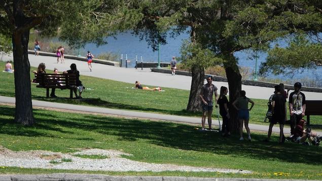 Des Sherbrookois au parc Jacques-Cartier.
