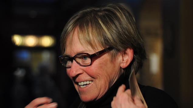 «Je suis une inconditionnelle. Je l'ai vue une dizaine de fois et je suis très fébrile. Je l'aime beaucoup, Clémence», lance Carole Daigle.
