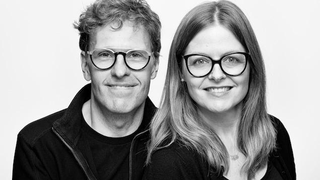 Stéphane Despatie et Corinne Chevarier font un sourire figé.