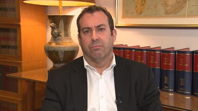 Me Stéphane Handfield, avocat en droit de l'immigration