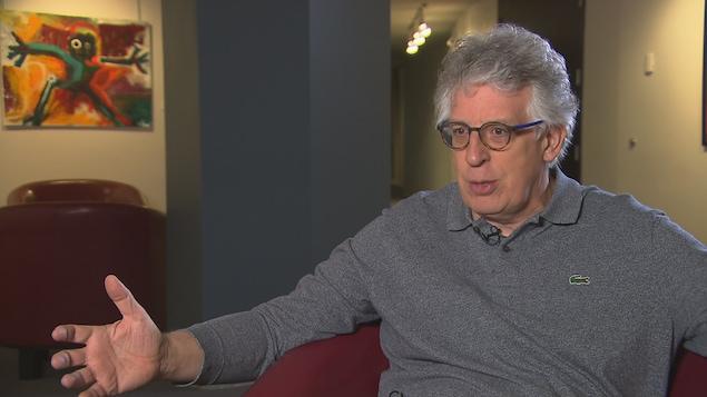 Le chef et directeur artistique de l'Orchestre symphonique de Sherbrooke, Stéphane Laforest, en entrevue au Centre culturel de l'Université de Sherbrooke