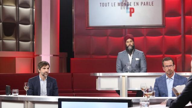 Steven Guilbeault, Yves-François Blanchet et Jagmeet Singh sur le plateau de Tout le monde en parle, le dimanche 16 mai 2021.