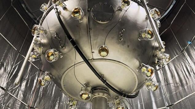 Le détecteur de neutrinos SNO+ pourrait détecter les neutrinos d'une supernova dans notre galaxie.