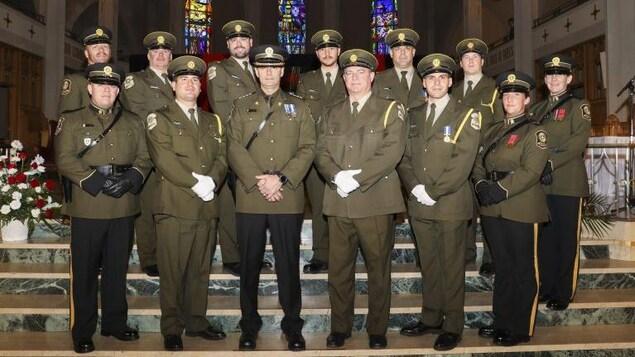 Des policiers de la Sûreté du Québec, lors d'une cérémonie, en octobre dernier