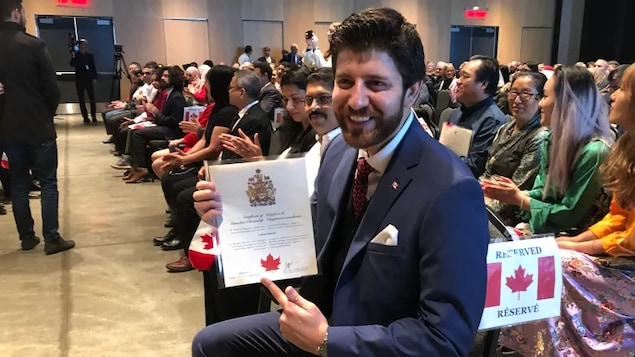 Tareq Hadhad at his citizenship ceremony on Jan. 15, 2020. He's already voted in the federal election, an experience he says was one of the most significant of his life