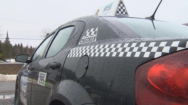 Une voiture de la compagnie de taxi Checker Cab.
