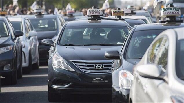 Un rassemblement de chauffeurs de taxi à Montréal