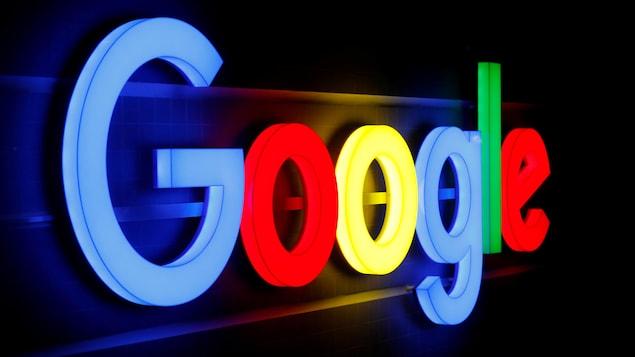 Un logo lumineux de Google