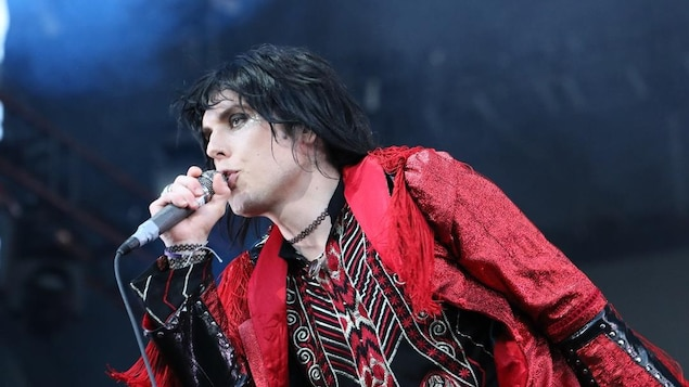 Le chanteur de The Struts