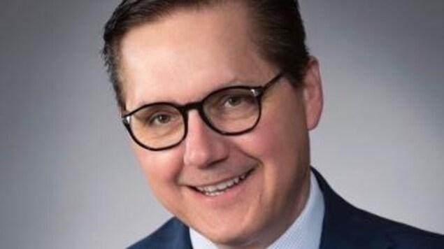 Tony Loffreda est nommé sénateur; il occupera le siège qu'a quitté en avril dernier Ghislain Maltais.