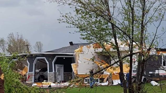 Des blessés et des dégâts considérables — Tornades au Canada