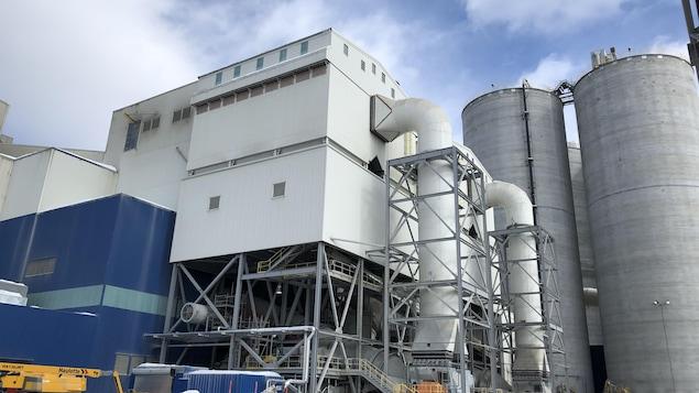 L'usine de Ciment McInnis à Port-Daniel-Gascons
