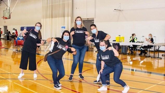 Pour lutter contre un COVID plus virulent et plus mortel chez les Latino-Américains de Toronto, des médecins, infirmières, psychologues et travailleurs sociaux ont créé la Latin American Covid Task Force.