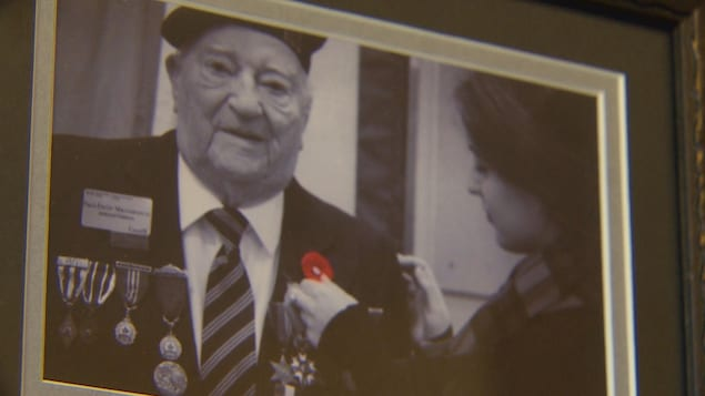 Paul-Émile Maisonneuve reçoit la Légion d'honneur