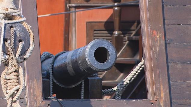 Parce qu'il fallait attaquer ou se défendre, les canons étaient indispensables, il y a 400 ans.