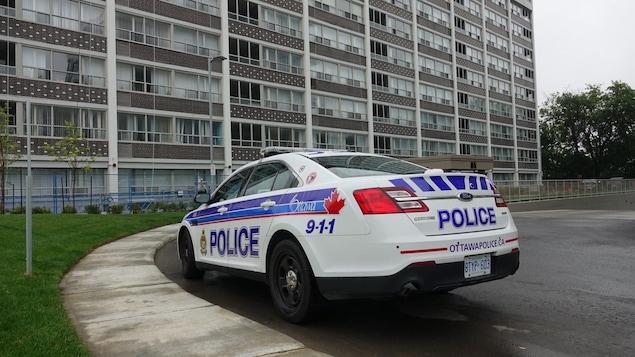 Une voiture du Service de police d'Ottawa.