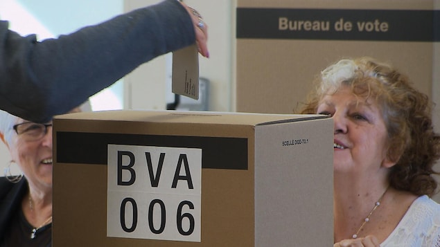 L'Est-du-Québec était aux urnes lors du vote par anticipation dimanche.