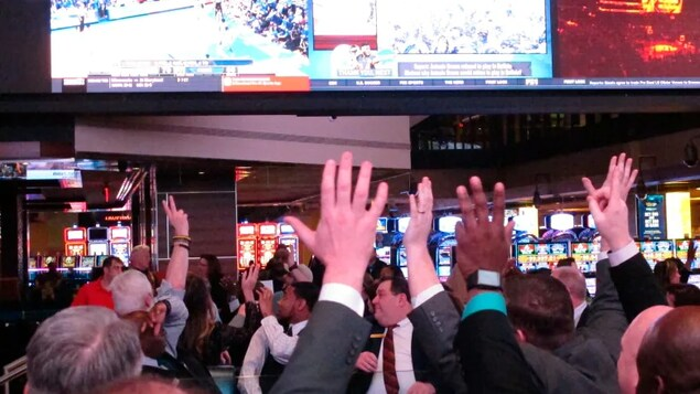 The passing of Bill C-218 on its final and third reading Tuesday could attract Las Vegas-style sports betting to Canada.