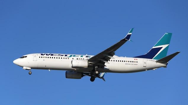 Un avion 737 de Boeing exploité par WestJet.