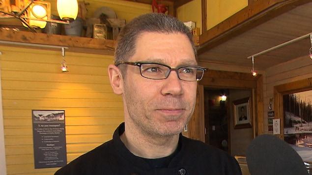 Le chef Yannick Ouellet