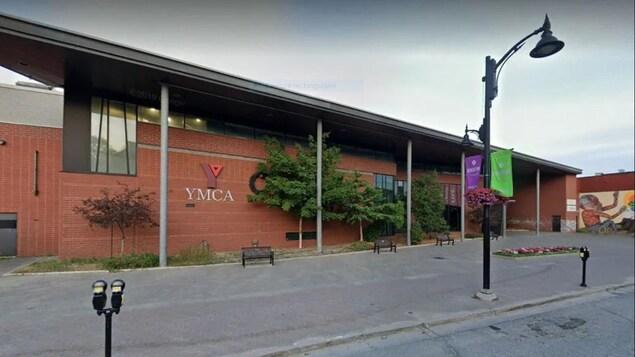 Le YMCA de Sudbury.