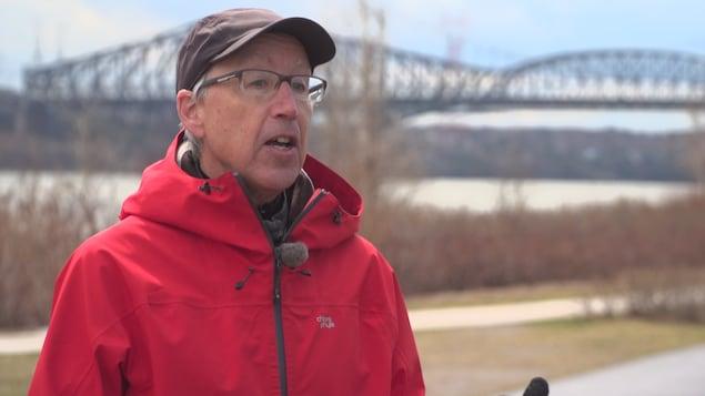 Yvon Charest a le mandat de négocier le rachat du pont de Québec pour le gouvernement fédéral.