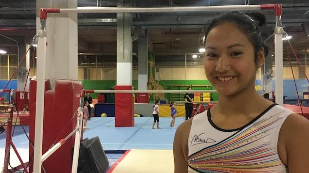 Zoé Allaire-Bourgie s'entraîne au club Gymnix à Montréal et espère devenir la septième athlète à être envoyée par ce club aux Jeux olympiques.