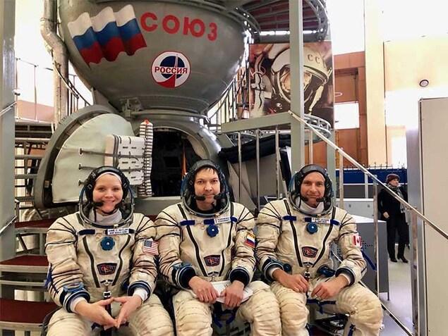 David Saint-Jacques et ses coéquipiers de la mission Expedition 58, Oleg Kononenko (Roscosmos) et Anne McClain (NASA).