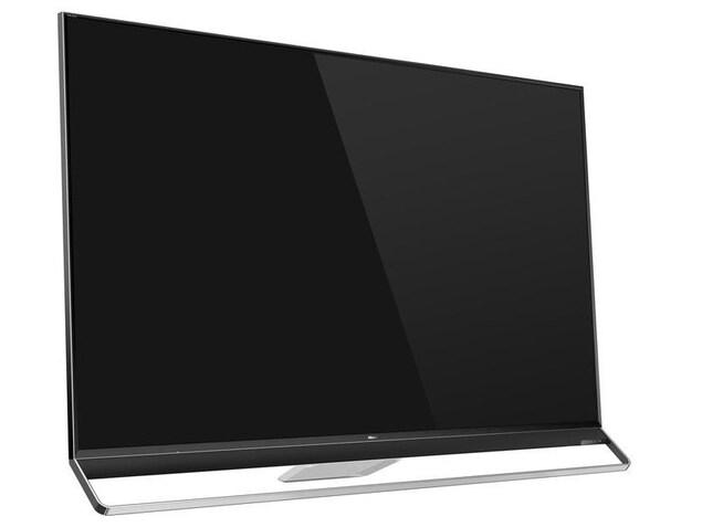 Une photo montrant un téléviseur à écran plat sur fond blanc.