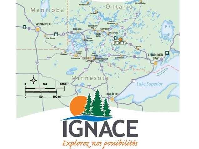 Le logo du Canton d'Ignace avec l'inscription Explorez nos possibilités sous une carte situant la communauté dans le Nord-Ouest de l'Ontario.